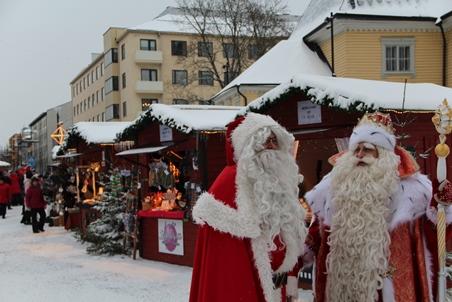 Joulupukki ja Pakkasukko 2018_Karri Heino_452x302.jpg